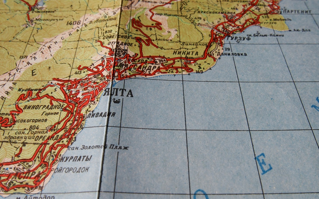 Yalta retro map